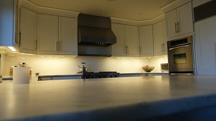 white cabinets with white backsplash